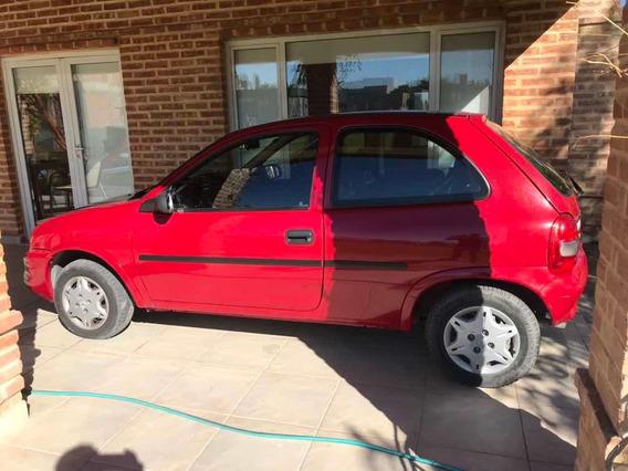 Chevrolet Corsa 1.6 3 Puertas Base