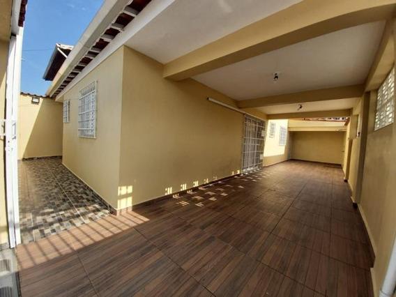 Casa 3 Dormitórios Em Itanhaem - 488