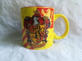 Taza Gryffindor Original 20 Oz Harry Potter Warner Bros