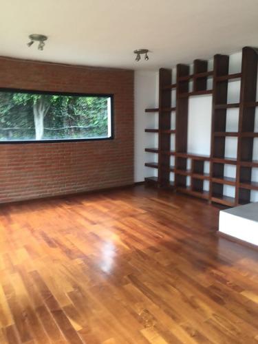 Imagen 1 de 13 de Se Vende Casa En Las Aguilas