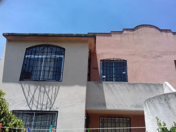 Casa Duplex Fraccionamiento Real Del Bosque Tultitlan.