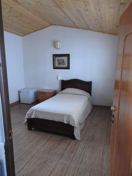 Arriendo Habitacion Nicolas Federman, Baño Privado Servicios