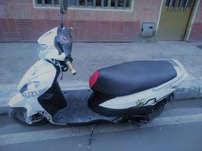 Moto Suzuki Lets
