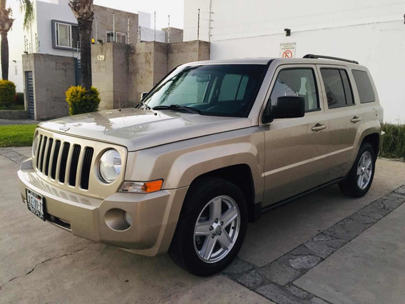 Jeep Patriot 2.4 Sport Cvt 4x2 Mt 2010
