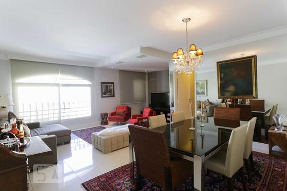 Apartamento No 14º Andar Com 2 Dormitórios E 2 Garagens - Id: 892949304 - 249304