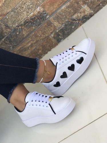 Calzado Deportivo Tenis Blanco Corazones Negro Moda De Mujer