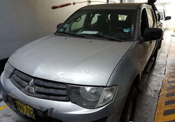 Marca: Mitsubishi Modelo: L200 Www.busesperuanos.com