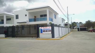 Casa De 2 Niveles En Venta En Gurabo En Santiago En Rd