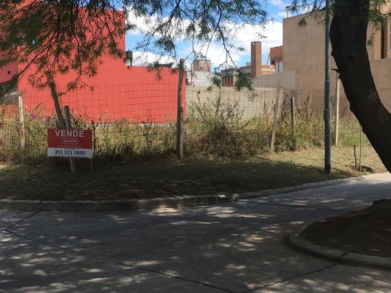 Lote En Venta En Barrio Riberas De Manantiales