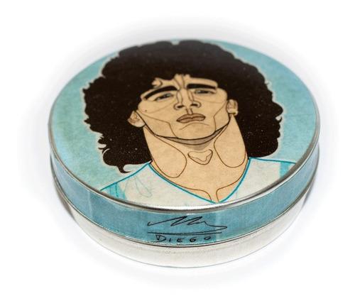 Imagen 1 de 3 de Pastillero Metálico Multiuso  Lata Diego Maradona