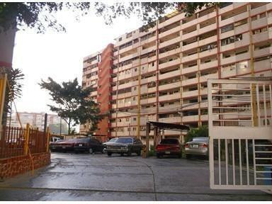 Apartamento Amplio En Lomas De Urdaneta/catia/propatria