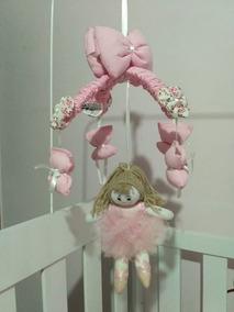 Mobile Almofadado Para Berço Tema Bailarina Rosa E Branco
