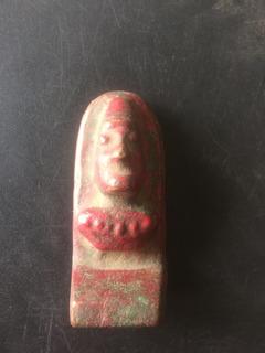 Antiguo Moai De Cobre Sujeta Libros