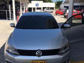 Volkswagen Jetta 2.0 Plateado Automatico Como Nuevo