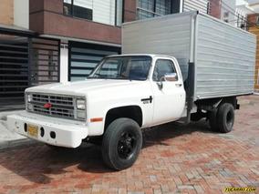 Chevrolet Furgón Npr500