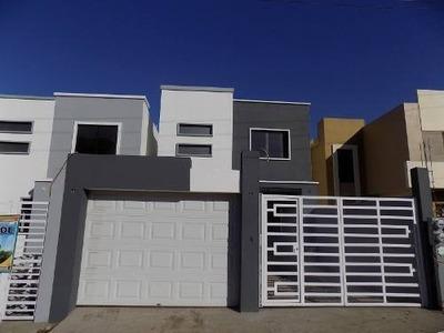 Casa 3 Rec. 2.5 Baños En Regio Residencial $1,350,000