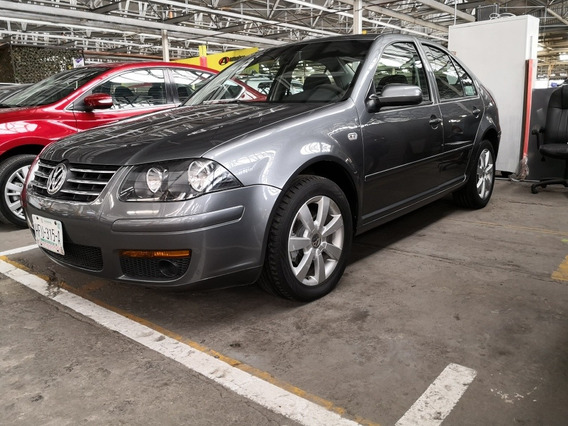 Volkswagen Jetta Clásico 2.0 Gl Team 5vel Mt 2013