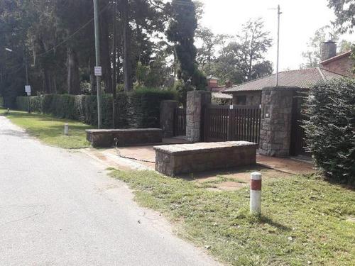 Casa Quinta - Calle Juan Ramón Jimenez - Del Viso - Prov. Bs. As.