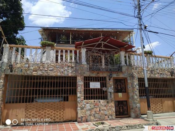 Apartamento En Los Samanes, Maracay.