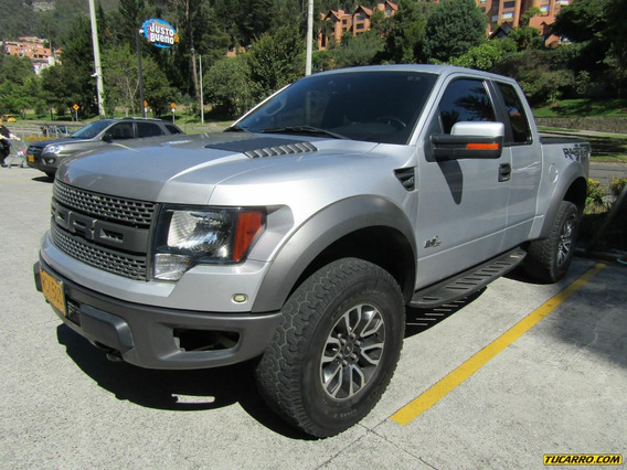 Ford F-150 Raptor At 6200