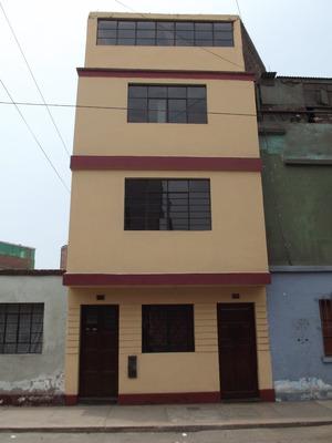 Casa De 4 Pisos, Límite Con El Cercado De Lima