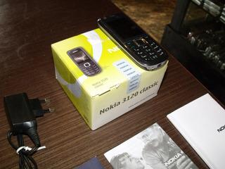 Nokia 3120 - 2.0 Mp, 3g, Rádio Fm, Desbloqueado - De Vitrine