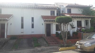 Town House La Asuncion Valle Alto
