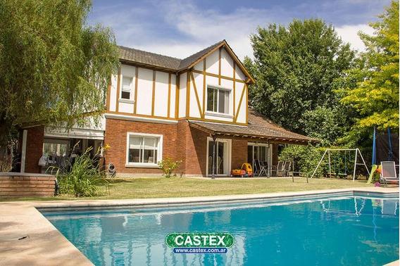 Hermosa Casa En Campos De Alvarez