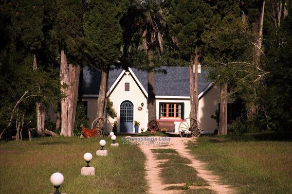 Hermosa Casa De Campo Estilo Inglés.