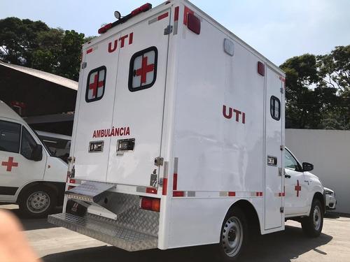 Hilux 4x4 Ambulância Baú Uti Tipo D - 0km