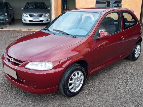 Celta 1.0 Mpfi 8v Vermelho Gasolina 2p 2001