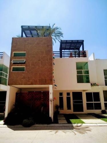 Venta De Casa En Residencial En Cuautlancingo, Puebla