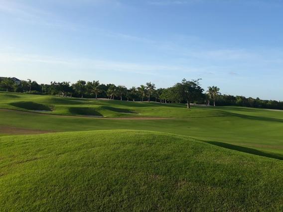 Solar Con Vista Al Campo De Golf En Hacienda Punta Cana