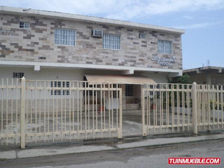 Remax Costa Azul Vende Posada En Casco Central Tucacas