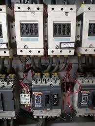 Imagem 1 de 3 de Eletricista Residencial E Industrial
