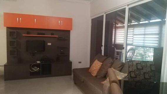 Apartamento En Alquiler El Milagro Maracaibo Cod 30658