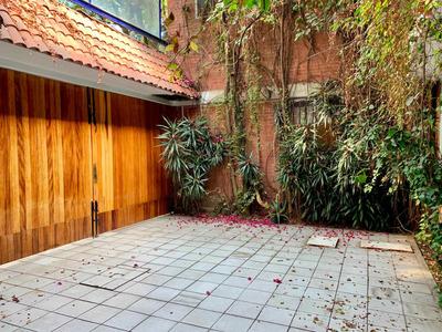Excelente Casa En Calle Tranquila De San Miguel Chapultepec