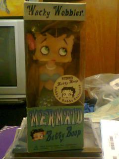 Muñeco Funko Wacky Woobler Betty Boop Mermaid Retro Kxz