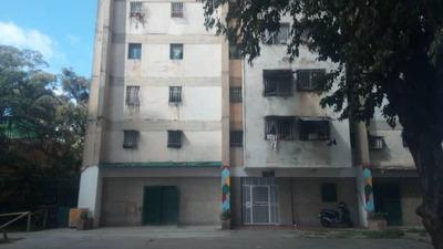 Apartamentos En Venta Dr Mv Mls #18-16968 ---- 04142155814