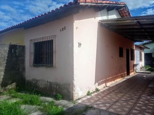 Casa Barata Na Praia De Itanhaém Com 01 Dormitório