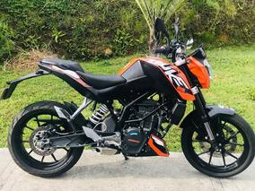 Duke200 Casi Nueva