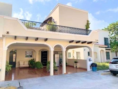 Imagen 1 de 7 de Casa Sola En Venta Fracc Hacienda Dorada