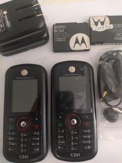 2 Celulares Motorola C261 - Bateria E Carregador - Peças