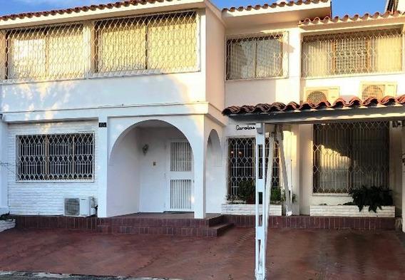 Casa En Venta Santa Cecilia Jeds 19-18518 Sucre