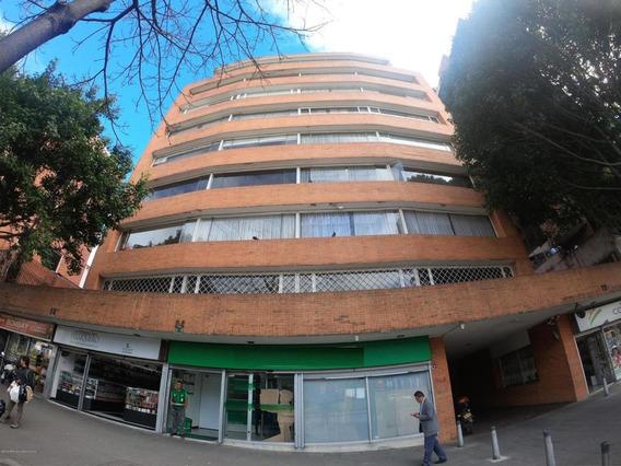 Apartamento En Venta Chapinero Ca Fr Mls 20-482