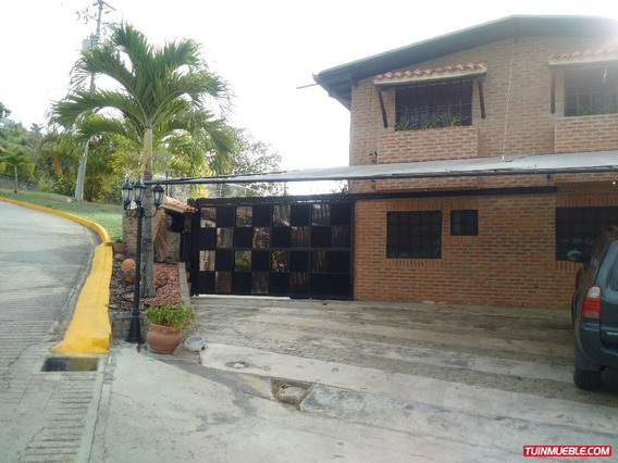Townhouses En Venta El Hatillo Villas De La Lagunita