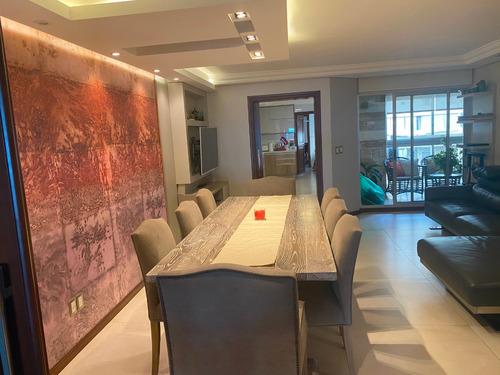 Imagen 1 de 14 de Venta De Apartamento 4 Dormitorios Rambla Punta Carretas