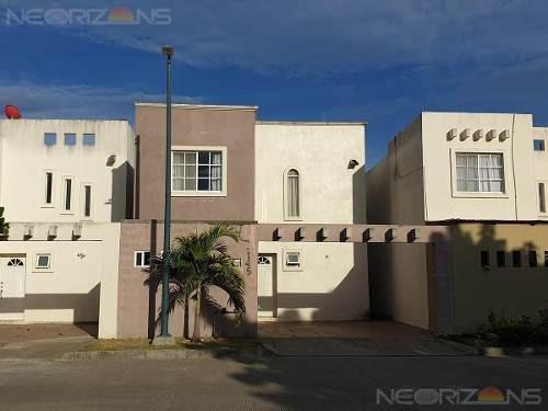 Casa En Renta Fraccionamiento Villas Náutico