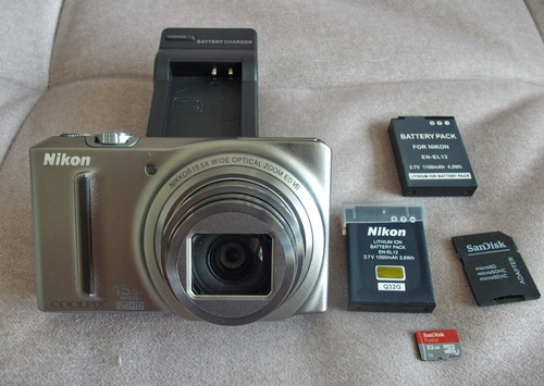 Camera P/s Nikon S9050 Como Nova E Bateria Suplementar