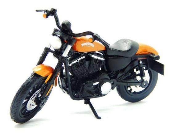 Miniatura Harley Sportster Iron 883 2014 Série 34 1/18